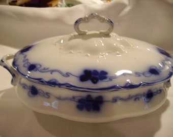 Flow Blue Clover Covered Oval Serving Bowl Vintage Gorgeous