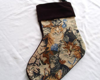 Tapestry stocking  cat 6