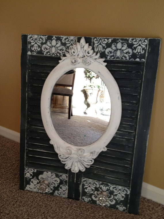 Wall Decor With Rhinestone : Shabby chic wall decor with mirror and rhinestone knobs to