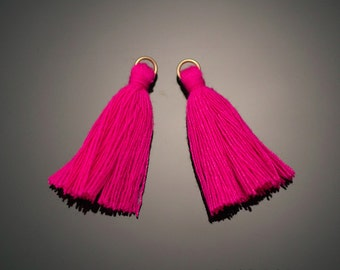 4002111 / Deep Pink / Mini Thread Tassel 6mm x 37mm / 0.5g / 150strands / 2pcs