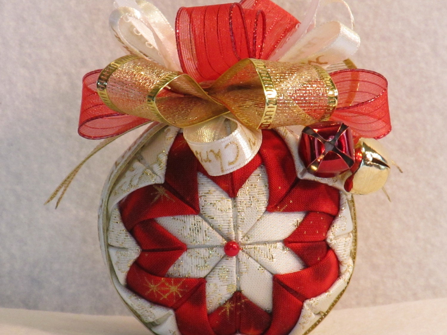 Quilted no sew fabric Christmas ornament ball white red