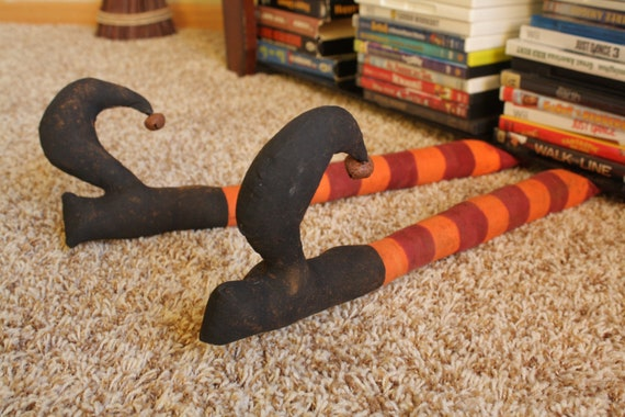 Primitive Halloween WITCHS Feet Boots Decor (Large, spooky & funny)