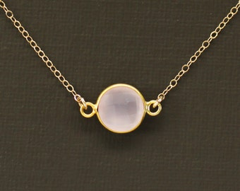 Small Round Rose Quartz Necklace in Pink