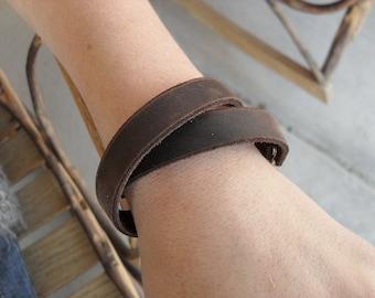 Double Wrap Basic Leather Bracelet