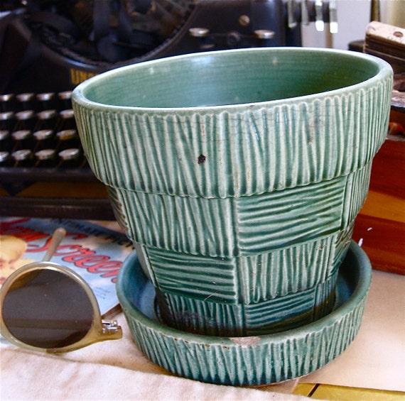 McCoy Flower Pot Vintage Pottery Ceramic Green Basket Weave