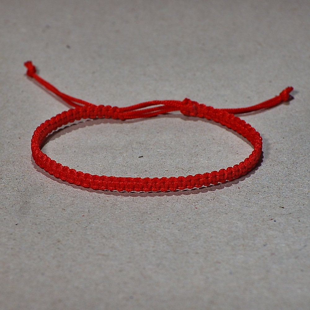 Tiny Red Kabbalah macrame bracelet modern red by KUKAJTUcom