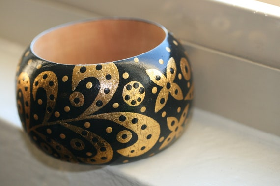 Handpainted Wooden Bangle in a Bold Black and Gold Color Combination