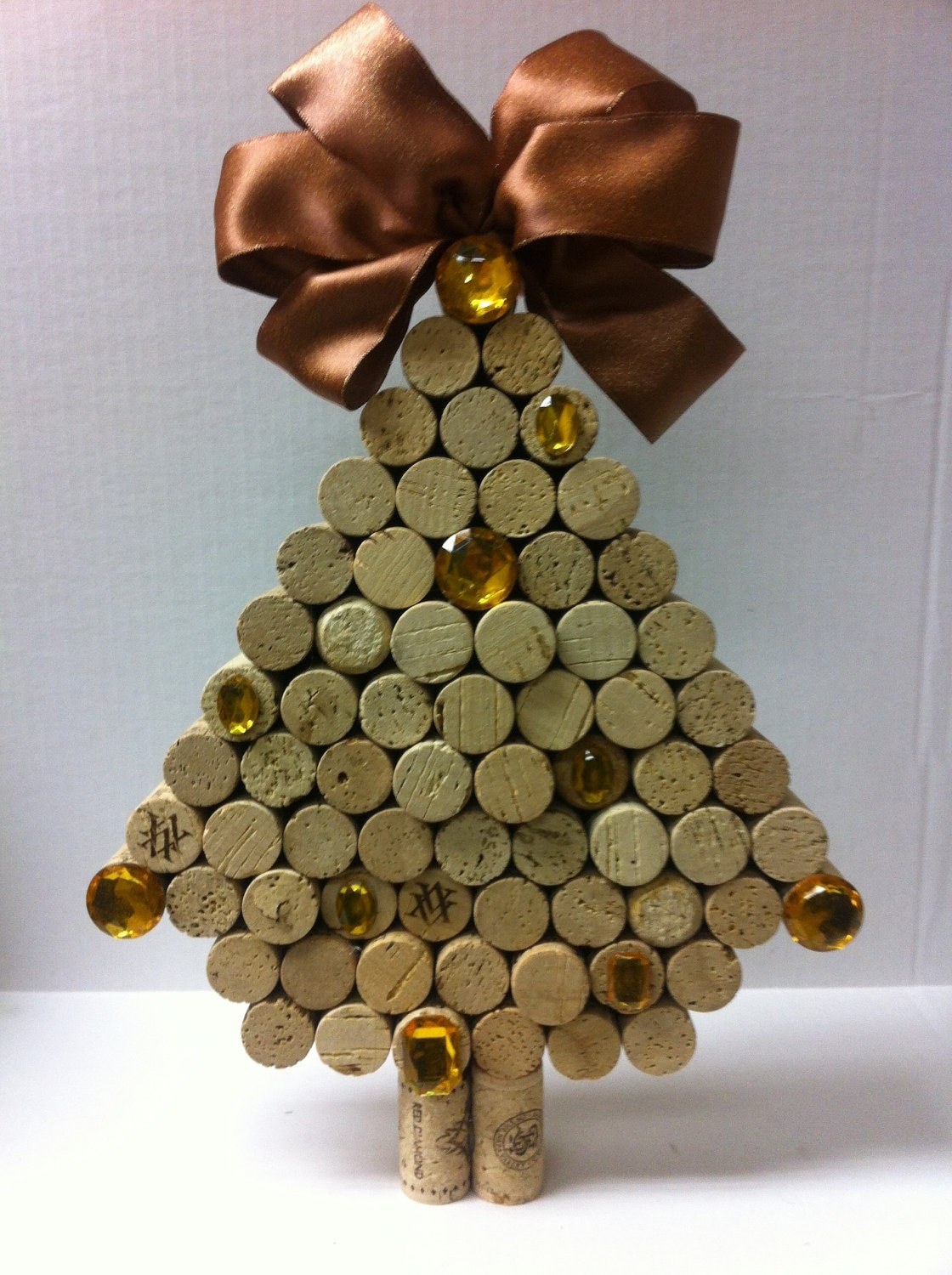 Ornaments made from wine corks -  Made Of Wine Corks Zoom