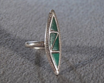 Vintage  Sterling Silver Multi Shades Of Green Turquoise  Art Deco Style Bold Band ring , Size 5.5