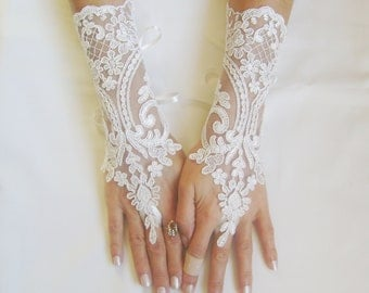 FREE  SHIP Ivory  Wedding gloves free ship bridal gloves lace gloves fingerless gloves french lace gloves 0027
