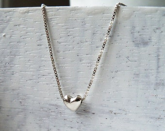 Silver Tiny Heart Necklace / Heart Necklace / Silver Heart Necklace / Sterling Silver Heart Pendant / Silver Heart Bead Necklace