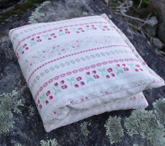 Herbal Scented Animal Eye Pillows : Eye Pillow Herbal Eye Pillow for Meditation by plumbdesigns