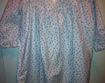 Girls Flannel Night Gown - Size 7 - Blue Tulips & Dots on White Background