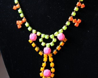 Vintage Rhinestone Necklace that is perfect for a present.