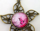 Vintage style pendant with photo