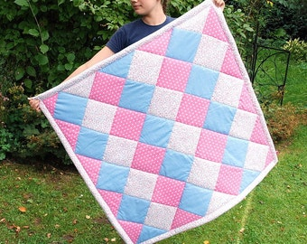 Quilt pink blue white