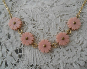 1950's pink flower necklace