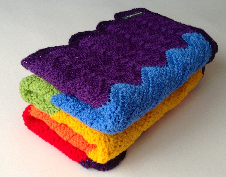 Crochet Rainbow Baby Blanket Pattern By Flavia : Handmade crochet blanket Ripple chevron rainbow afghan