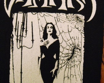 VAMPIRA patch horror host  goth punk Free Shipping