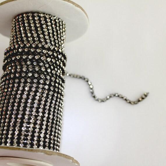 2 mm Crystal Gunmetal Rhinestone Chain 1 yard