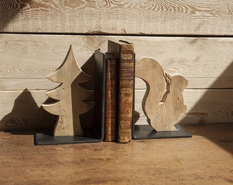 Pine squirrel and bookends pair