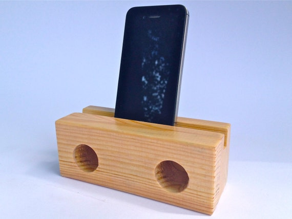 lautsprecher aus holz f rs iphone von moebeldenker auf etsy. Black Bedroom Furniture Sets. Home Design Ideas