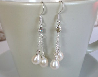 Pearl Earrings - 6-7 mm White Freshwater Pearl Dangle Earrings with rinestone, Bridal earrings, fresh water pearl earrings