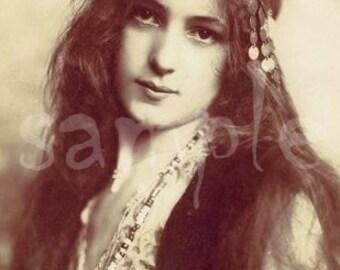 no619 VINTAGE photo DIGITAL DOWNLOAD - Gypsy Princess Art Printable - Antique Photograph - Victorian Beautiful Woman
