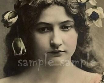 no622 VINTAGE photo DIGITAL DOWNLOAD - Printable - Antique Photograph - Victorian Beautiful Woman -