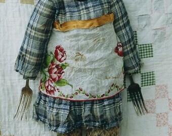 Primitive Cloth  Doll Pattern Mixed Media EPattern PDF Old Forks Vintage Handkerchief  Folkart Folk Art  by  Hickety Pickety 107