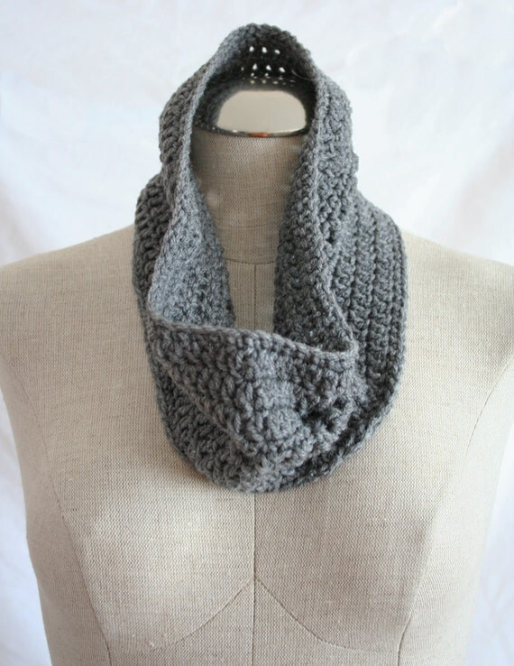 Crochet Cowl in Hunter Grey