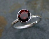 Garnet Sterling Silver Ring, Faceted Gemstone, Deep Wine Red, Scarlet Red, Hammered Band, Jewel Statement Ring, Solitaire Statement Ring
