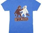 Bigfoot Vs Yeti Ultimate Throwdown - Unisex Mens T-Shirt Abominable Snowman Sasquatch Showdown Battle Awesome Funny Tee Shirt Blue Tshirt