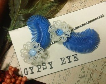 Jamala vintage cobalt and white Lucite retro pin up  bobby pins