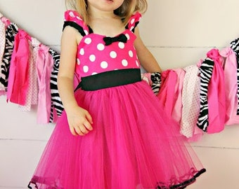 MINNIE MOUSE dress TUTU  Party Dress  in Hot pink Polka Dots super twirly  dress 1st Birthday party