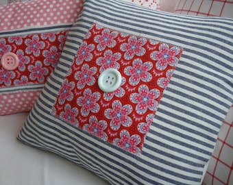 "French CoTTaGe Ticking Pillow/ReD ShaBBy ChiC/Decorative 16"" PiLLoW/Throw Pillow/Black Stripe/Flowers"