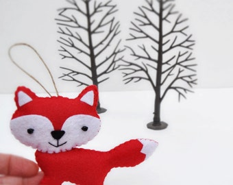 Friendly Red Fox Christmas Ornament - Baby Shower - Party Favor