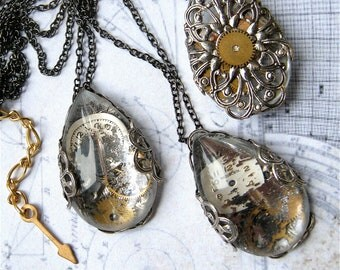 Steampunk Necklace - Floating Back in Time -