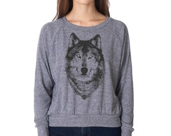 Women's Grey Wolf Shirt, Wolf Sweater, Wolf tee, gray long sleeve shirt, Grey Wolf, women pullover, nature clothing, woodland gift for her