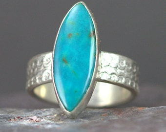 Turquoise Sterling Ring on Patterned Band - Chrysocolla Silver Ring - Size 6 Ring
