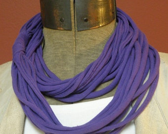 PURPLE Infinity Scarf: FREE SHIPPING (704 705)