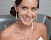 Crystal and Pearl Cluster Necklace, Delicate Bridal Jewelry, Pearl and Crystal Necklace, Wedding Jewellery, Bridal Necklace