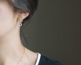 Crystal stud earrings, Gold stud earrings, Wedding earrings for brides, Crystal quartz gemstone earrings, Rock crystal jewelry, Gold leaf