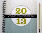 2013 agenda day planner weekly calendar