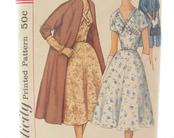 Simplicity 1930 Full Skirt 1950s Day Dress Vintage Sewing Pattern Bust 34