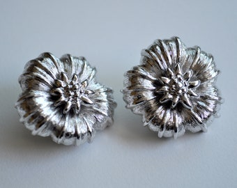 Vintage Silver Flower Earrings Clip On Monet