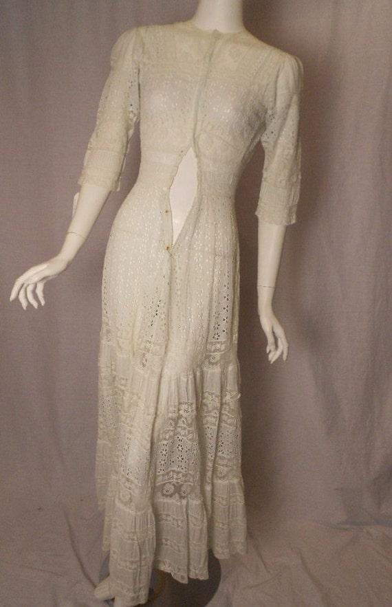 Vintage 1910s Edwardian Lawn Dress Eyelet Lace Trim Small Vintage Wedding Downton Abbey XS