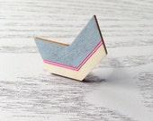 Chevron Ring (Grey & Pink Arrow)