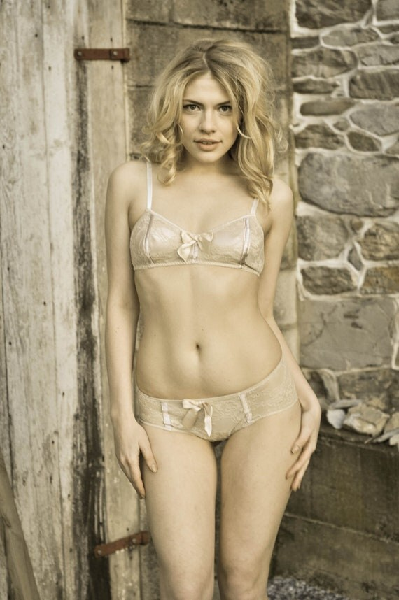 Starlette Vintage Style Soft Bra and panties set in Pink Satin and Champagne Lace Handmade to Order by Ohhh Lulu