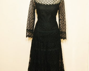 Black Lace Maxi Dress Medium Large Sheer Sleeves Goth Witchy Long Black Dress Vintage